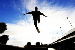 Неудачный прыжок - причина перелома костей