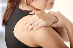 Растяжение плечевого сустава