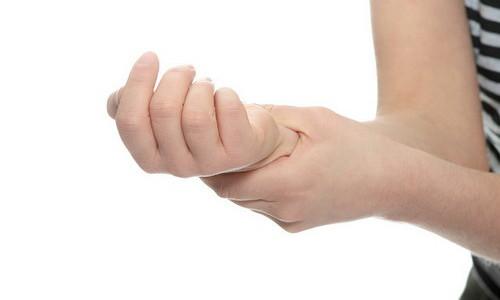 Проблема ушиба на руке