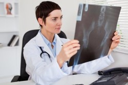 Диагностика перелома с помощью рентгена